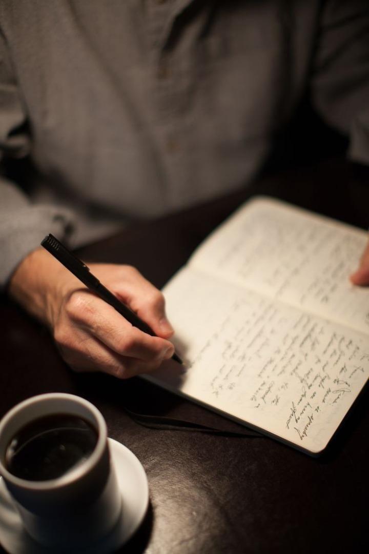 شکست در نویسندگی یک انتخاب است.